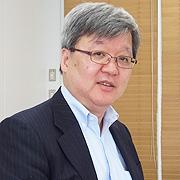 インフォマティクスの三原正一代表取締役社長