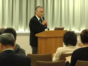 セミナーで江戸東京の伝統野菜について講演した大竹さん