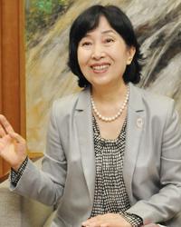 新宿区長 中山弘子さん