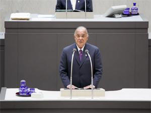 平成26年10月3日議長就任。都議会議場にて