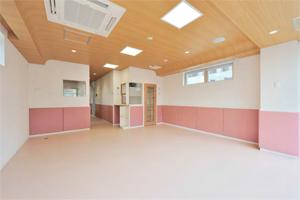 同社の製品が施工された大阪府の幼稚園「第2善児園」。