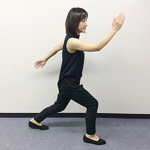 毎日続けられる簡単有酸素運動「腕振り体操」