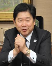 西武信用金庫 理事長 落合 寛司さんさん
