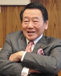 荒川区長 西川 太一郎さんさん