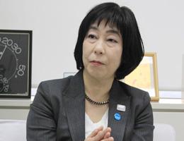 選挙管理委員会事務局長 浜 佳葉子氏氏
